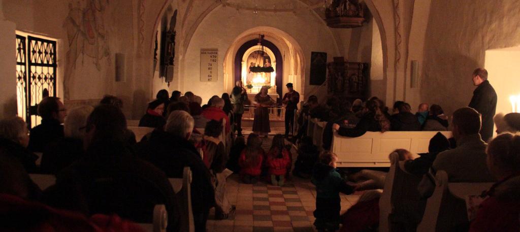Stemningsfyldte aktiviteter i vores kirker